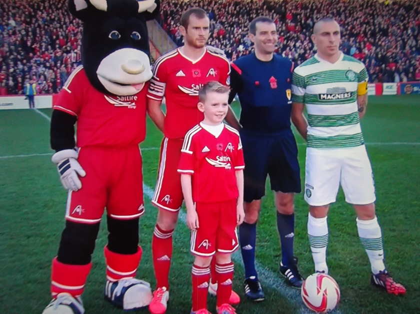 Aberdeen v Celtic - captains, Dons mascot and referee Alan Muir