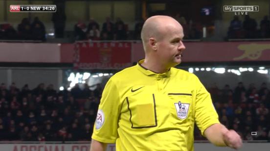 Lee Mason referee - Arsenal v Newcastle (13th Dec 2014)