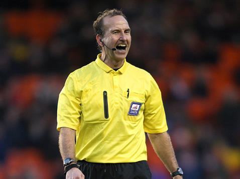 Mick Russell referee (Hertfordshire)