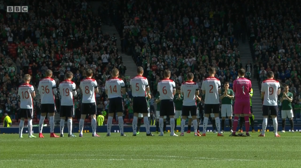 Hibernian and Falkirk players at Hampden (18th April 2015)