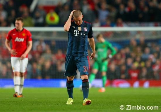 Bastian Schweinsteiger sent off at Old Trafford (v Man Utd Champs Lge April 2014)