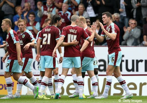 Burnley players celebrating a goal (August 2015)