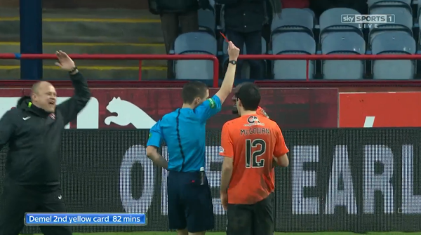 Demel 2nd yellow card 82 mins