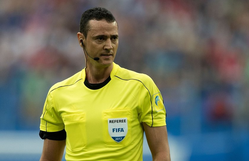 Wilmar Roldan referee